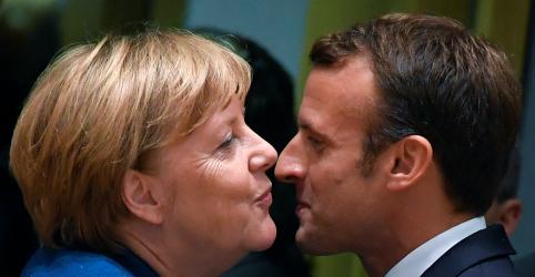 Placeholder - loading - Imagem da notícia Merkel e Macron vão a bar após conversas sobre Brexit em Bruxelas