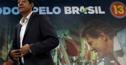 Placeholder - loading - Imagem da notícia Haddad minimiza pesquisas e diz que, se TSE apurar denúncias contra Bolsonaro, chance de virada aumenta