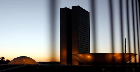 Placeholder - loading - Imagem da notícia Bancada Evangélica apresenta agenda mínima para próximos 4 anos