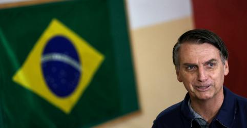 Placeholder - loading - Imagem da notícia Bolsonaro diz que manterá Ministério da Indústria e cobra engajamento de eleitos pelo PSL