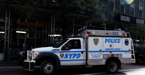 Placeholder - loading - Imagem da notícia Polícia de Nova York investiga pacote suspeito no bairro de Tribeca, diz CNN