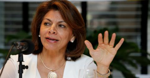 Chefe da missão da OEA diz que disseminação de notícias falsas na eleição brasileira pode não ter precedente