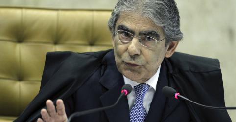 Placeholder - loading - Imagem da notícia 'Presidente não pode tudo', diz Ayres Britto, sondado para ser ministro de Bolsonaro
