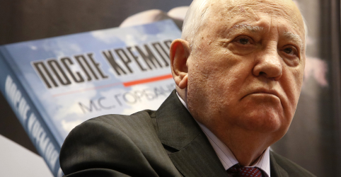 Placeholder - loading - Imagem da notícia Saída dos EUA de pacto de armas nucleares aumenta risco de guerra, diz Gorbachev