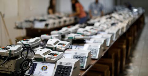 Placeholder - loading - Imagem da notícia TSE substitui 4.333 urnas eletrônicas no país e Estados registram 396 ocorrências