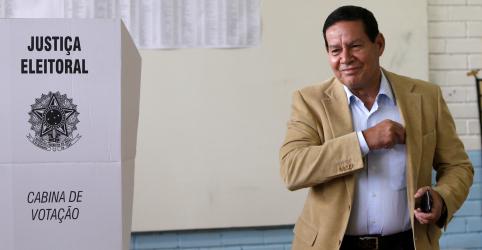 Vice de Bolsonaro, general Mourão aposta em vitória com placar de 60% a 40%