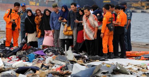 Indonésia acredita ter encontrado fuselagem e caixa-preta de avião