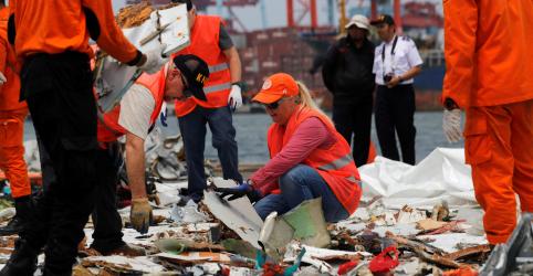 Indonésia recupera caixa-preta de avião após acidente que deixou 189 mortos