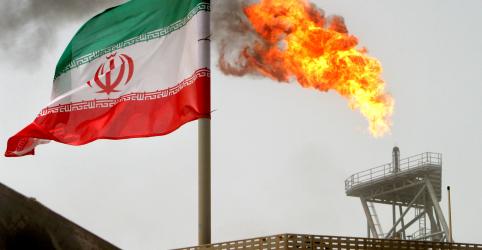 Placeholder - loading - Imagem da notícia Começam sanções dos EUA contra petróleo do Irã, mas Washington isenta alguns países