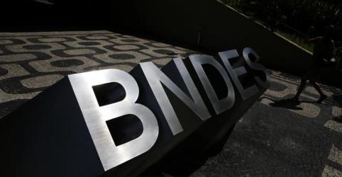 Placeholder - loading - Bolsonaro diz ter compromisso de abrir 'caixa-preta do BNDES'
