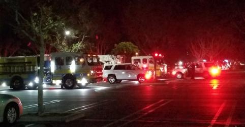 Atirador mata 12 e é morto em ataque em bar da Califórnia