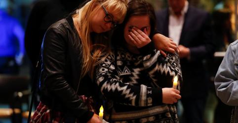 Placeholder - loading - Imagem da notícia 'Nós simplesmente corremos', diz sobrevivente de ataque a tiros na Califórnia