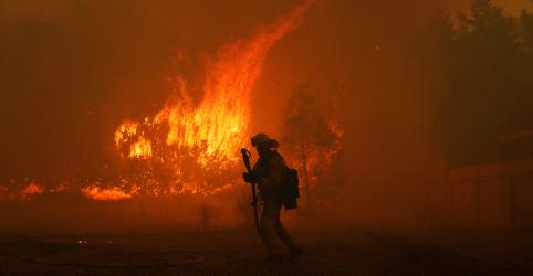 Sobe para 42 número de mortes por incêndio florestal mais letal da Califórnia