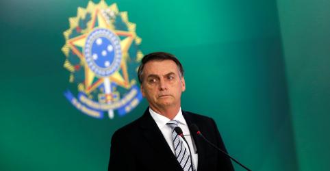 Bolsonaro anuncia general assessor de Toffoli no STF para Ministério da Defesa