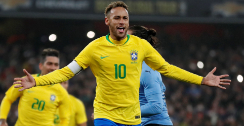 Placeholder - loading - Imagem da notícia Brasil vence Uruguai com gol de pênalti de Neymar