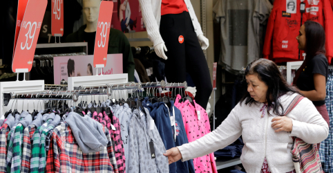 Placeholder - loading - Confiança do consumidor no Brasil sobe em novembro para maior nível em quase 4 anos e meio, diz FGV