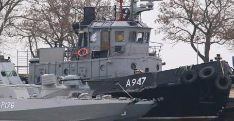 Rússia resiste a apelos ocidentais para libertar navios ucranianos capturados