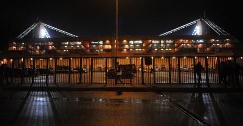 Placeholder - loading - Imagem da notícia Gênova se oferece para sediar final da Libertadores