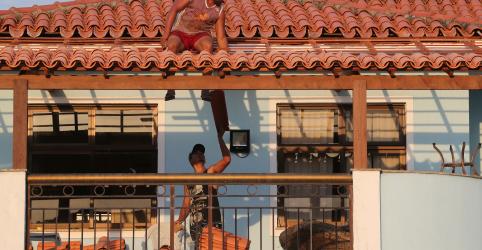 Placeholder - loading - Imagem da notícia Confiança da construção no Brasil sobe em novembro para maior nível em quase 4 anos, diz FGV
