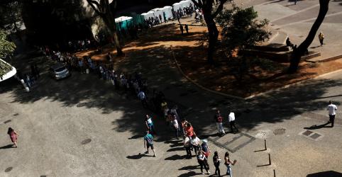 Brasil tem desemprego de 11,7% no tri até outubro, diz IBGE