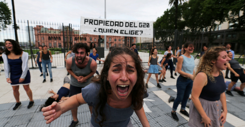 Placeholder - loading - Imagem da notícia Buenos Aires reforça segurança e afasta manifestantes para cúpula do G20