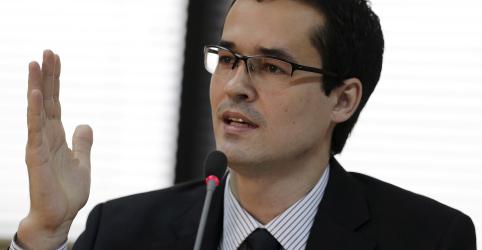 Placeholder - loading - Imagem da notícia Equipe da Lava Jato em Curitiba critica duramente decisão de Marco Aurélio