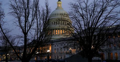 Placeholder - loading - Câmara dos EUA aprova fundos para muro de Trump e aumenta ameaça de paralisação do governo