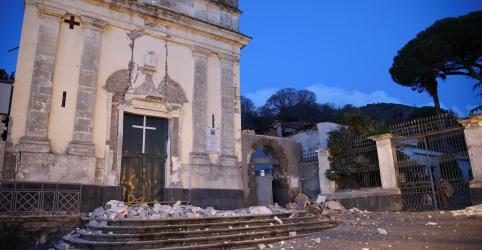 Placeholder - loading - Imagem da notícia Terremoto de magnitude 4,8 provoca danos e deixa feridos na Sicília