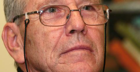 Escritor israelense Amós Oz morre de câncer aos 79 anos