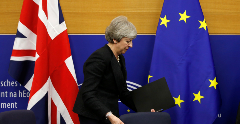 Placeholder - loading - Imagem da notícia Londres fará declaração unilateral dizendo que 'backstop' não será válido se conversas fracassarem, diz May