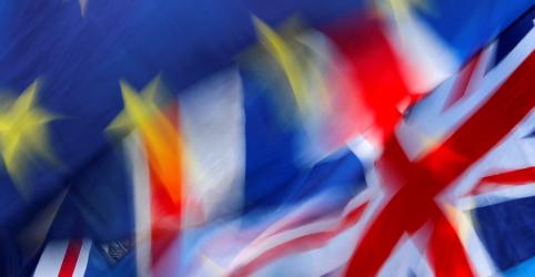 Placeholder - loading - Incerteza sobre Brexit prevalece em dia de votação no Parlamento
