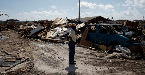 Tempestade Humberto atinge as Bahamas e deve se tornar um furacão