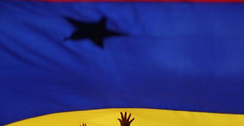 Placeholder - loading - Imagem da notícia Oposição da Venezuela diz que diálogo com Maduro mediado pela Noruega 'acabou'