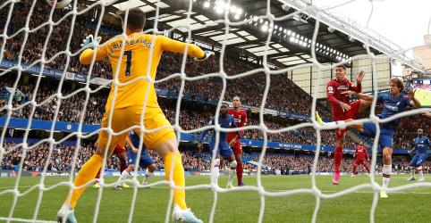 Placeholder - loading - Imagem da notícia Liverpool vence Chelsea por 2 a 1 e crava 6º vitória seguida