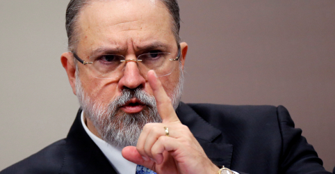 Placeholder - loading - Senado aprova indicação de Augusto Aras para comandar PGR