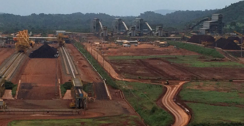 Placeholder - loading - Vale lança novo produto de minério de ferro no 1º tri de 2020