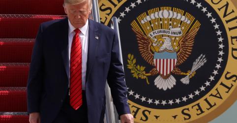 Placeholder - loading - Imagem da notícia Delator de contatos entre Trump e Ucrânia é agente da CIA, dizem fontes