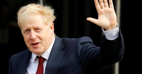 Placeholder - loading - Premiê britânico Johnson nega ter assediado jornalista