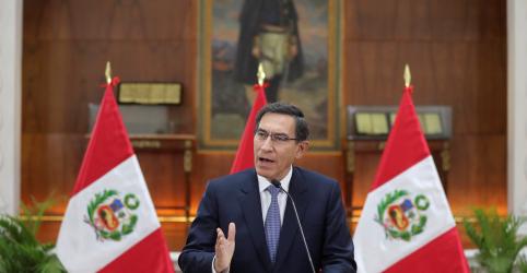 Placeholder - loading - Imagem da notícia Presidente do Peru ameaça fechar Congresso se parlamentares nomearem juízes para Tribunal Constitucional
