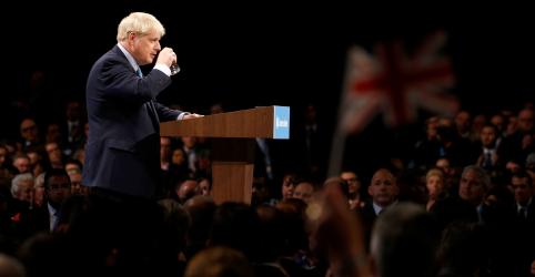 Placeholder - loading - Imagem da notícia Johnson faz proposta à UE para o Brexit, mas alerta para saída sem acordo