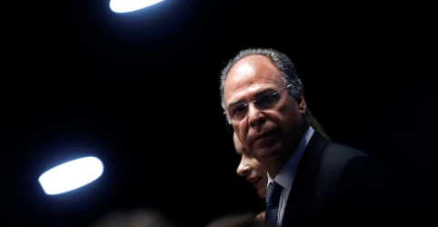 Placeholder - loading - Imagem da notícia Senado retomará votação de destaques à reforma da Previdência nesta quarta, diz Bezerra