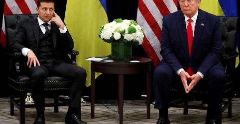 Autoridades dos EUA condicionaram reunião de presidente ucraniano na Casa Branca a ajuda política a Trump