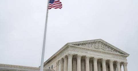 Placeholder - loading - Imagem da notícia Direitos de gays e transgêneros assumem protagonismo em retorno da Suprema Corte dos EUA