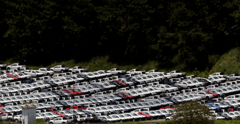 Placeholder - loading - Produção e vendas de veículos no Brasil caem em setembro ante agosto