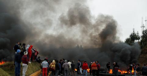 Indígenas protestam no Equador; 477 pessoas são presas
