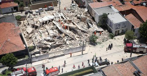Prédio de 7 andares desaba em Fortaleza e deixa ao menos 1 morto e 10 desaparecidos