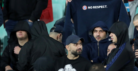 Chefe do futebol búlgaro renuncia após ofensas raciais durante partida contra Inglaterra