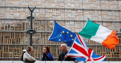 Reino Unido e UE se aproximam de acordo do Brexit, mas Johnson ainda luta por apoio do Parlamento