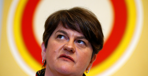 Placeholder - loading - Imagem da notícia Partido norte-irlandês DUP diz que não vai apoiar acordo do Brexit