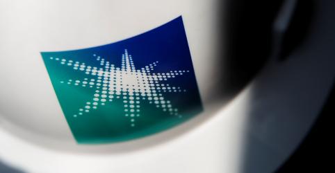 Placeholder - loading - Imagem da notícia Arábia Saudita quer avaliar Aramco em US$2 tri em IPO